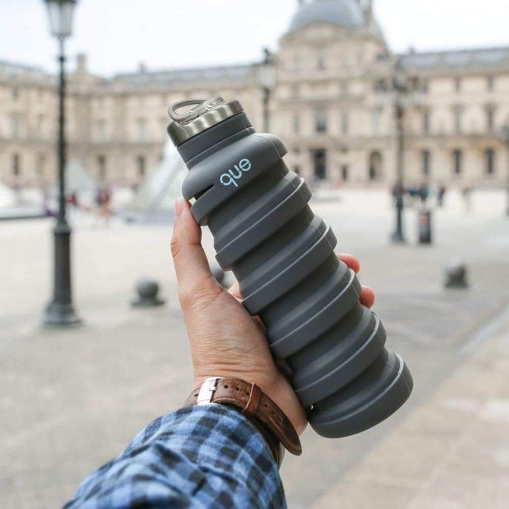 que Bottle|伸縮水瓶(600ml) - 附提把瓶蓋 - 沉穩灰