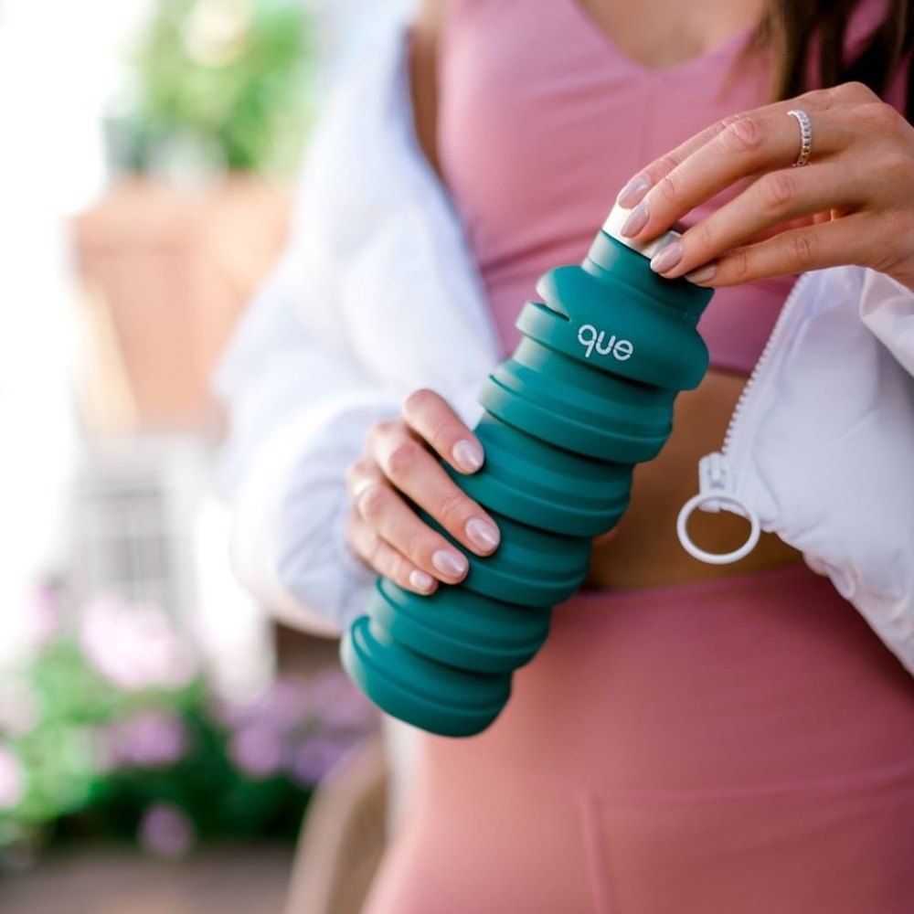 que Bottle|伸縮水瓶(600ml) - 附提把瓶蓋 - 森林綠