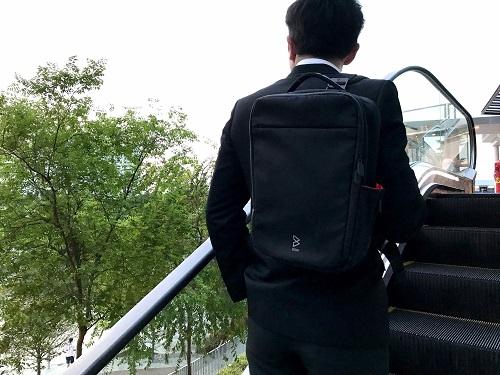 Amazing Quiver防水多功能萬用包-單肩背帶(經典黑)