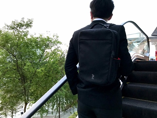 Amazing Quiver防水多功能萬用包-單肩背帶(陽光綠)