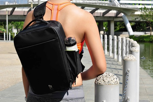 Amazing Quiver防水多功能萬用包-單肩背帶(熱情橘紅)