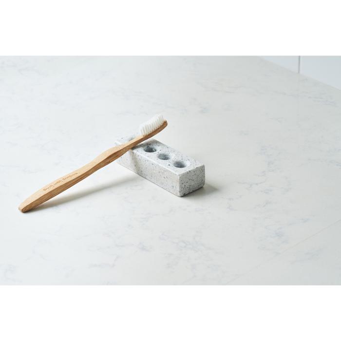 (複製)TZULAï|磨石子衛浴盥洗組_牙刷架