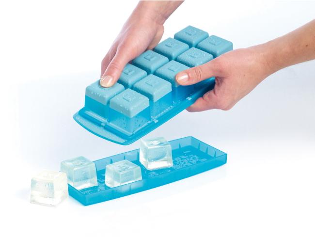 (複製)法國mastrad | 15格橢圓形按壓製冰盒(綠)