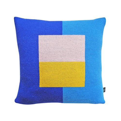 studio chiia好耘設計|針織抱枕套(藍窗景)