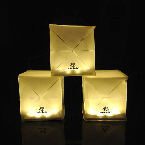 SOLIGHT DESIGN|【變形提把】發光泡芙Solarpuff-太陽能LED摺疊燈-螺旋黃光