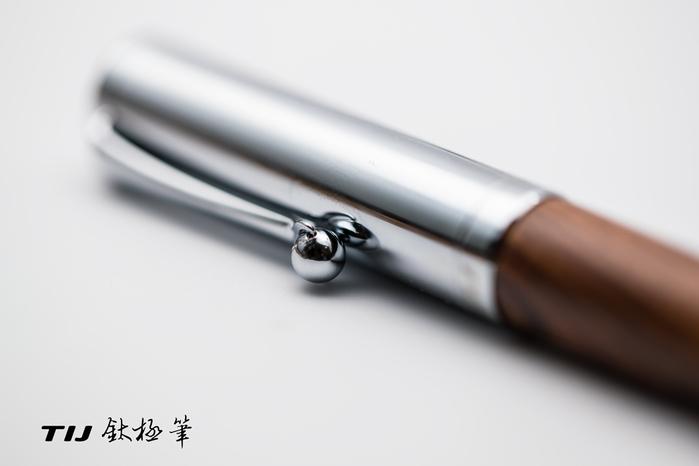 (複製)TIJ|正德國尖木質鋼筆 - 六角黑黃檀系列 (內附德國SCHMIDT K2 吸墨器)