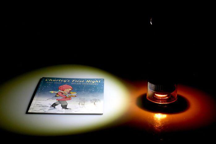 (複製)LUMIR|蠟燭節能LED氣氛燈 (黑) – MOOD白光