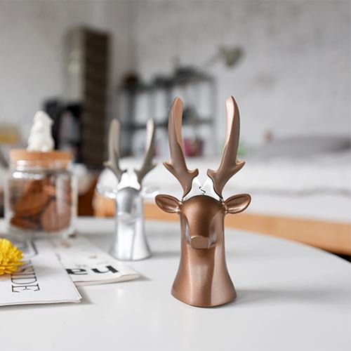 iThinking|Deer Dear II 桌飾座鹿(三色款)-尖嘴鉗