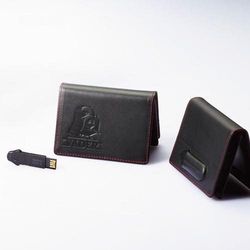 InfoThink|星際大戰黑武士-納帕頭層牛皮名片夾 x 32GB隨身碟