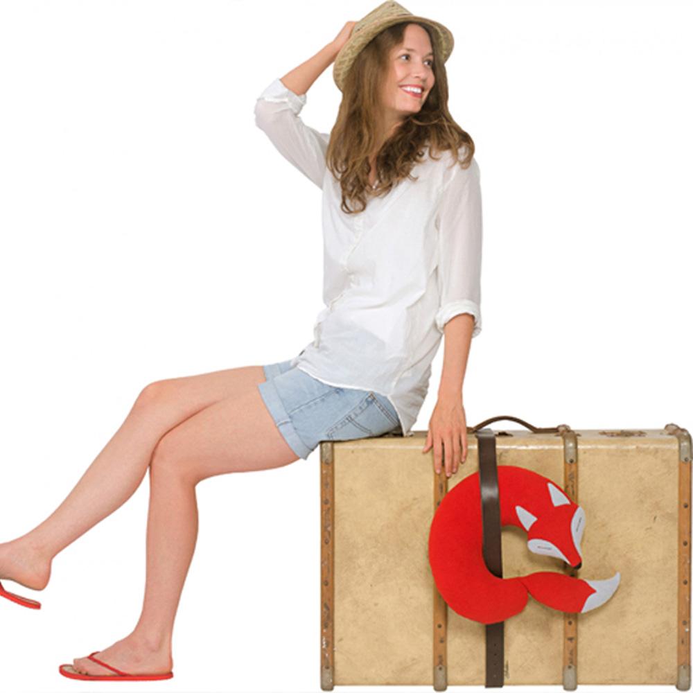 德國萊思綺Leschi 旅行枕頭/辦公室,教室午休枕頭(狐狸造型-紅色)