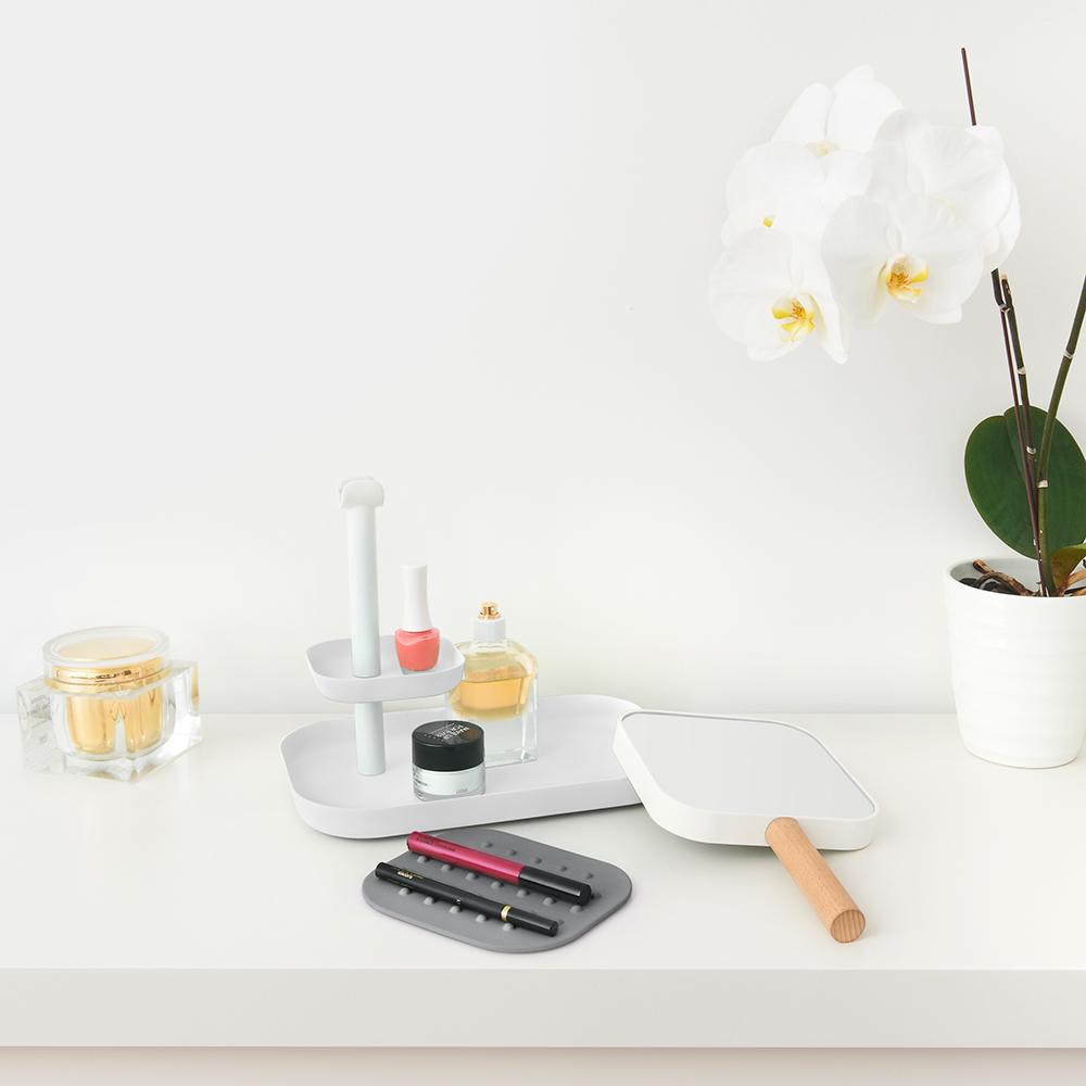 Umbra | VANA 雙層梳妝置物架 白色