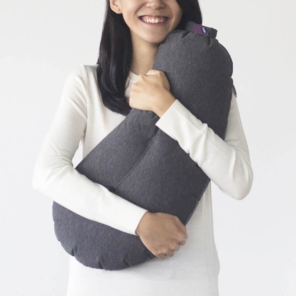 Aubergine Pillow | 第二代攜式充氣旅行茄子枕