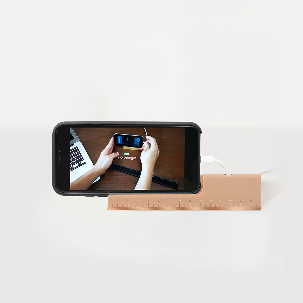 Rcube Design | 尺規造型充電器 (黑/暗粉紅)