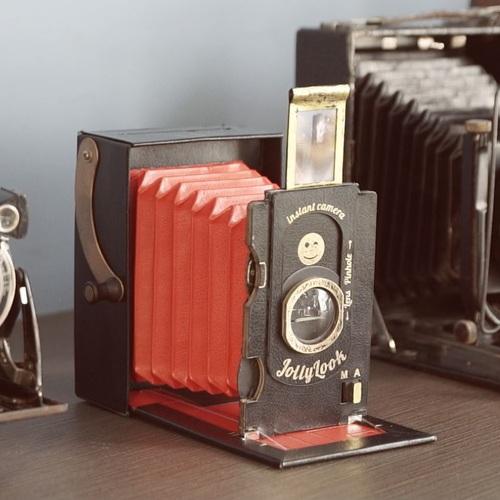 烏克蘭 Jollylook | 免電 手搖式復古拍立得相機 (材質升級改版)