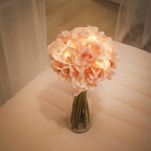 【集購】韓國 Via K Studio | LED仿真花夜燈-櫻花花束