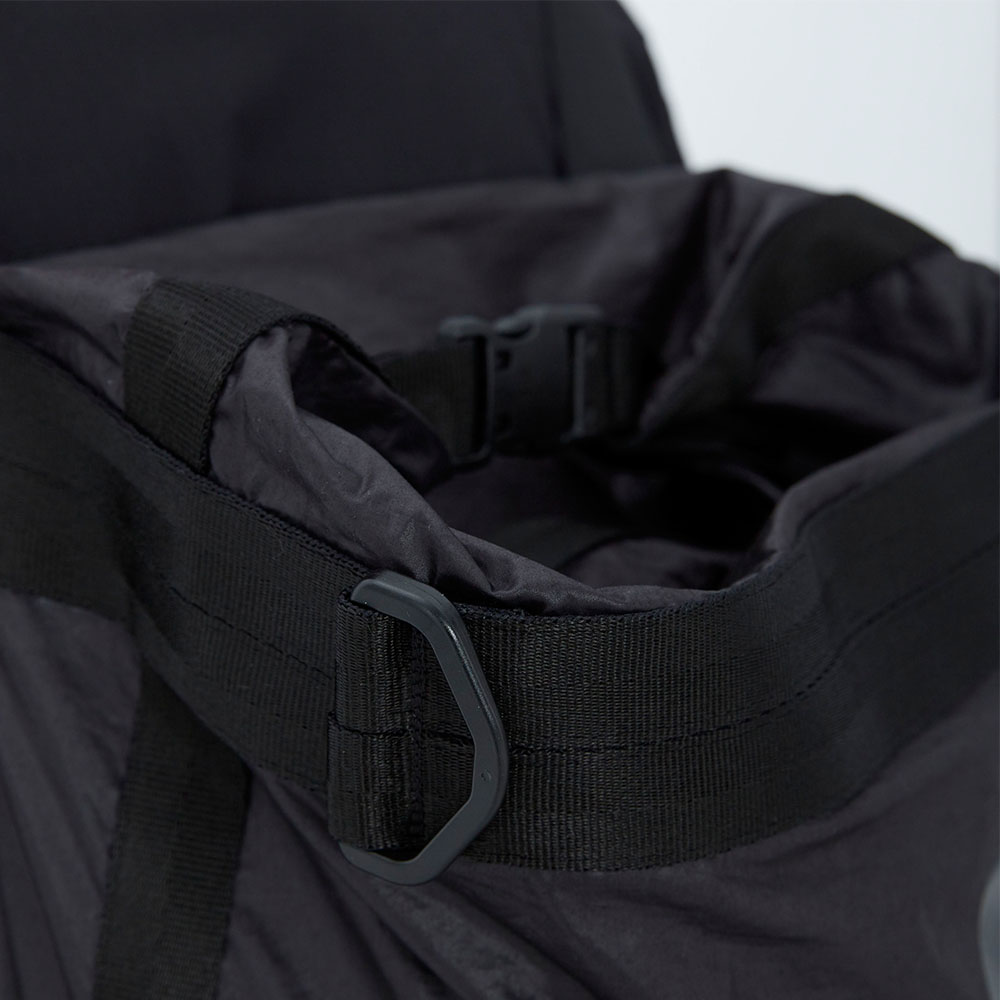 WEAVISM織本主義 背後零 - 空間可調整後背包(黑)