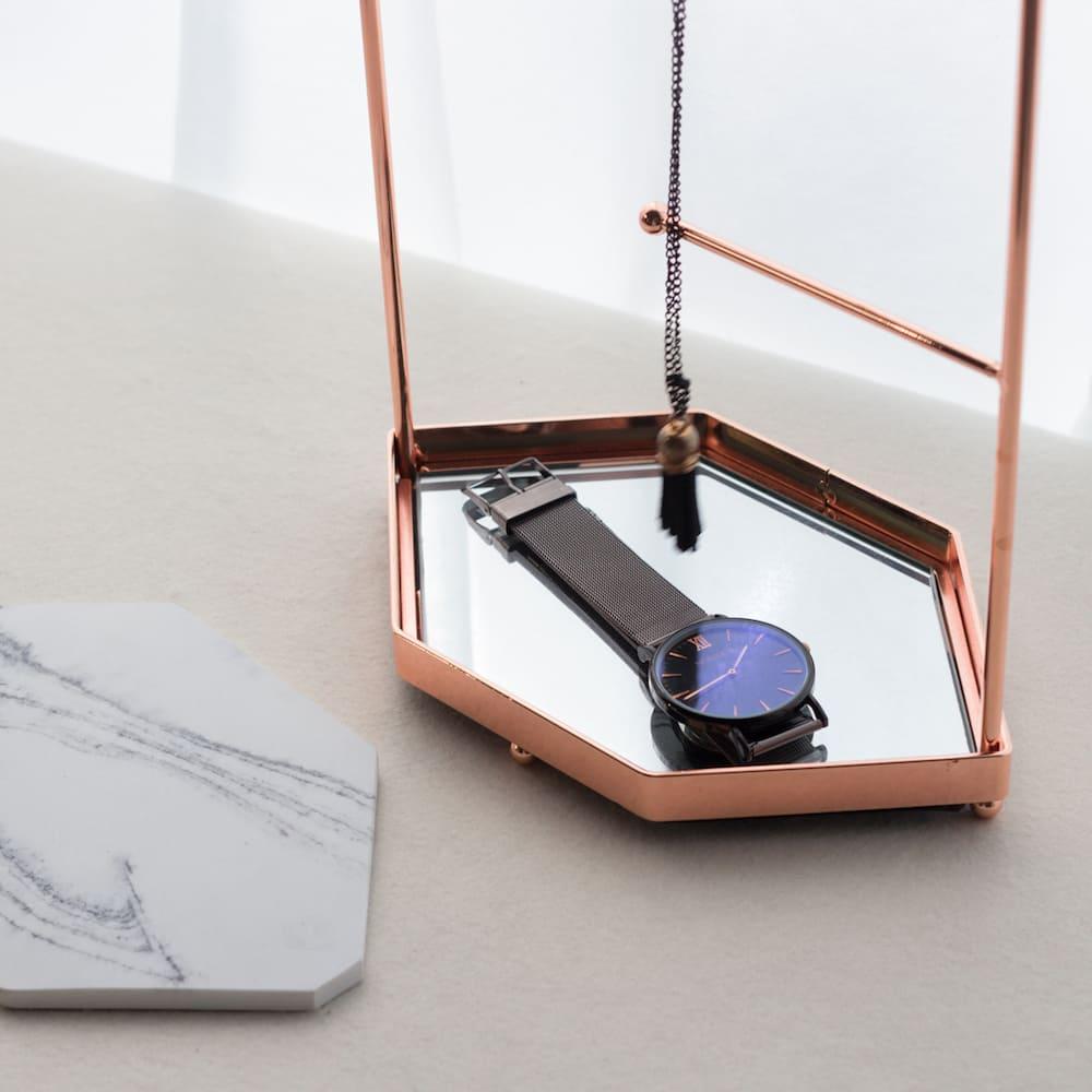目喜生活|玫瑰金六角飾品展示架 大理石寧靜典雅白款