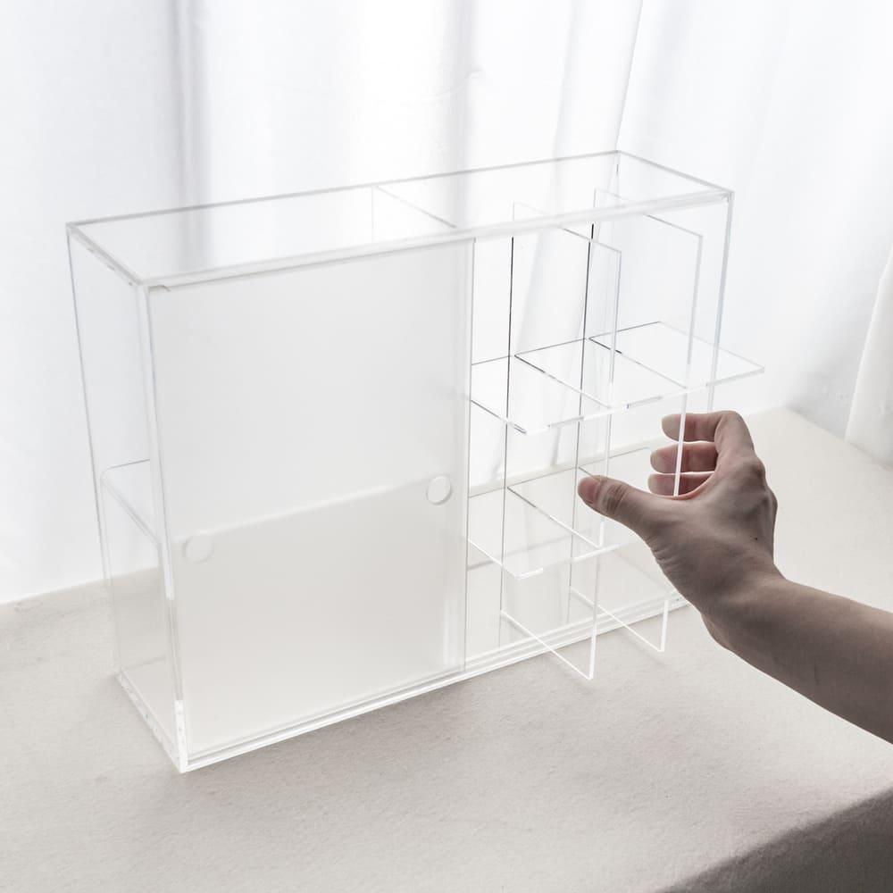 目喜生活 迷霧拉門 防塵壓克力公仔模型收納展示櫃(贈九格板)