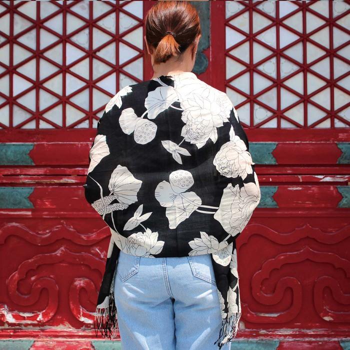 故宮精品 | 聚瑞圖攀花羊毛圍巾