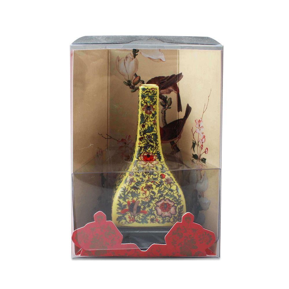 故宮精品 | 清黃地洋花方瓶