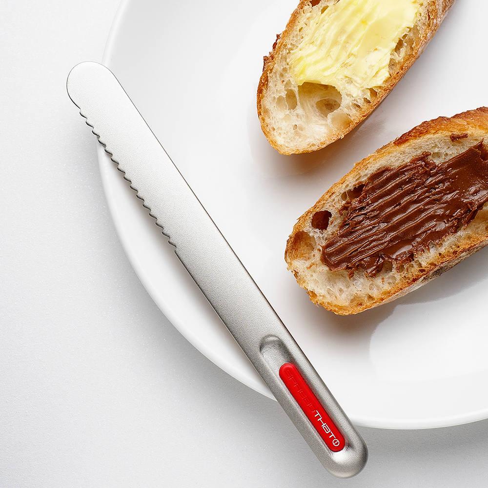 奇想THAT!|奶油刀-波浪款(鈦銀紅logo)