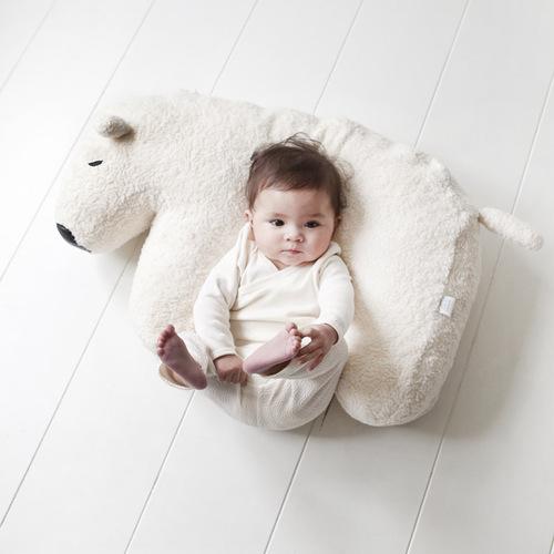 NANAMI | 多功能北極熊抱枕/哺乳枕