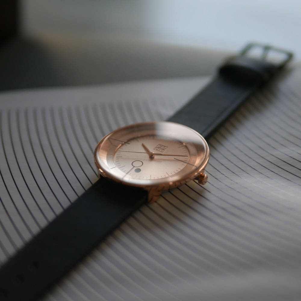 ZOOM|FLOATING 光燦美學腕錶-玫瑰金/42.5mm