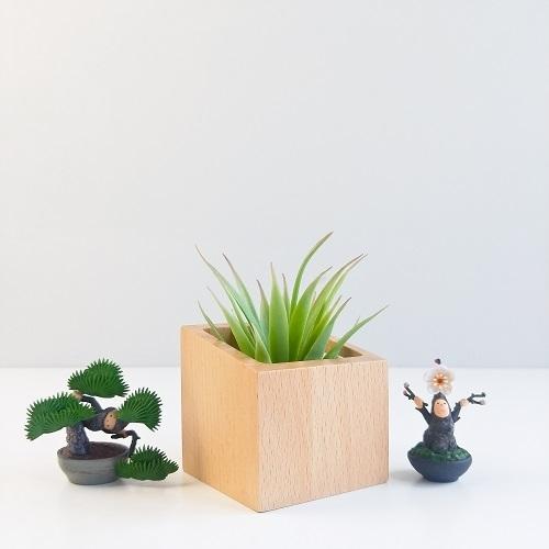 TOSMU 童心木|日系簡約盆栽座