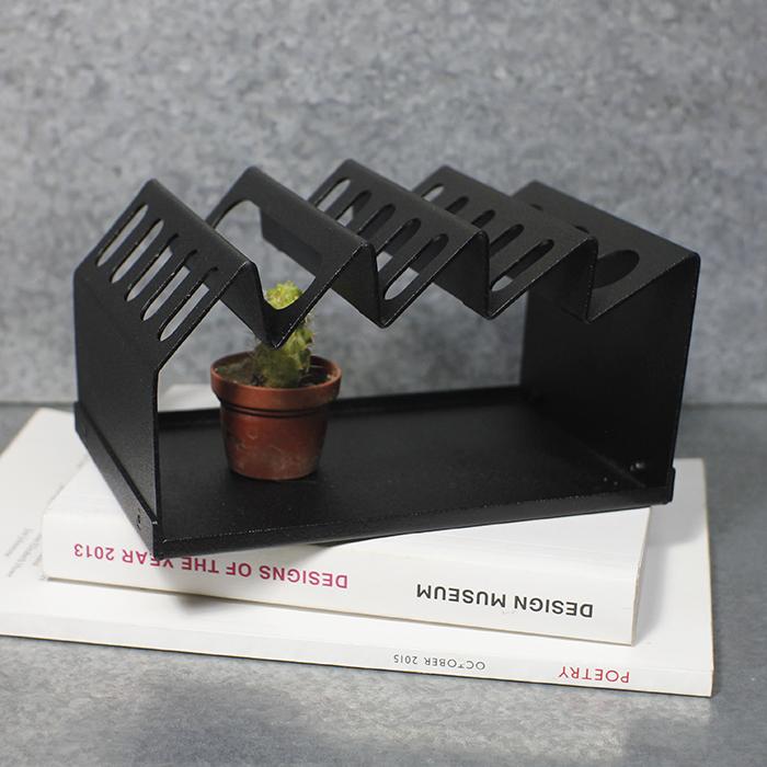 Hevo | 桌上收納架(中)Desk Machine M 霧黑