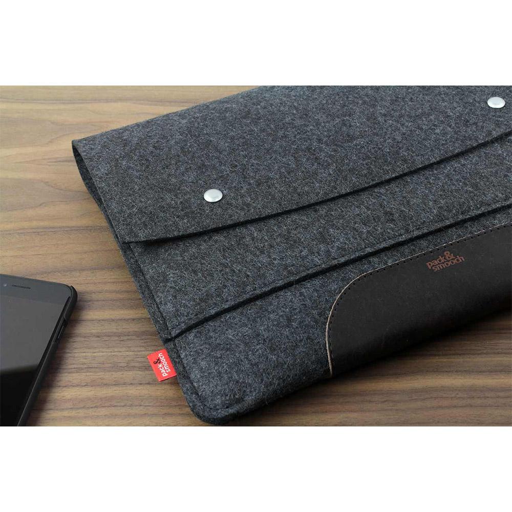 Pack & Smooch|Hampshire MacBook Pro 15 吋 (2016 Touch ID)羊毛氈保護袋 (碳黑/深棕)
