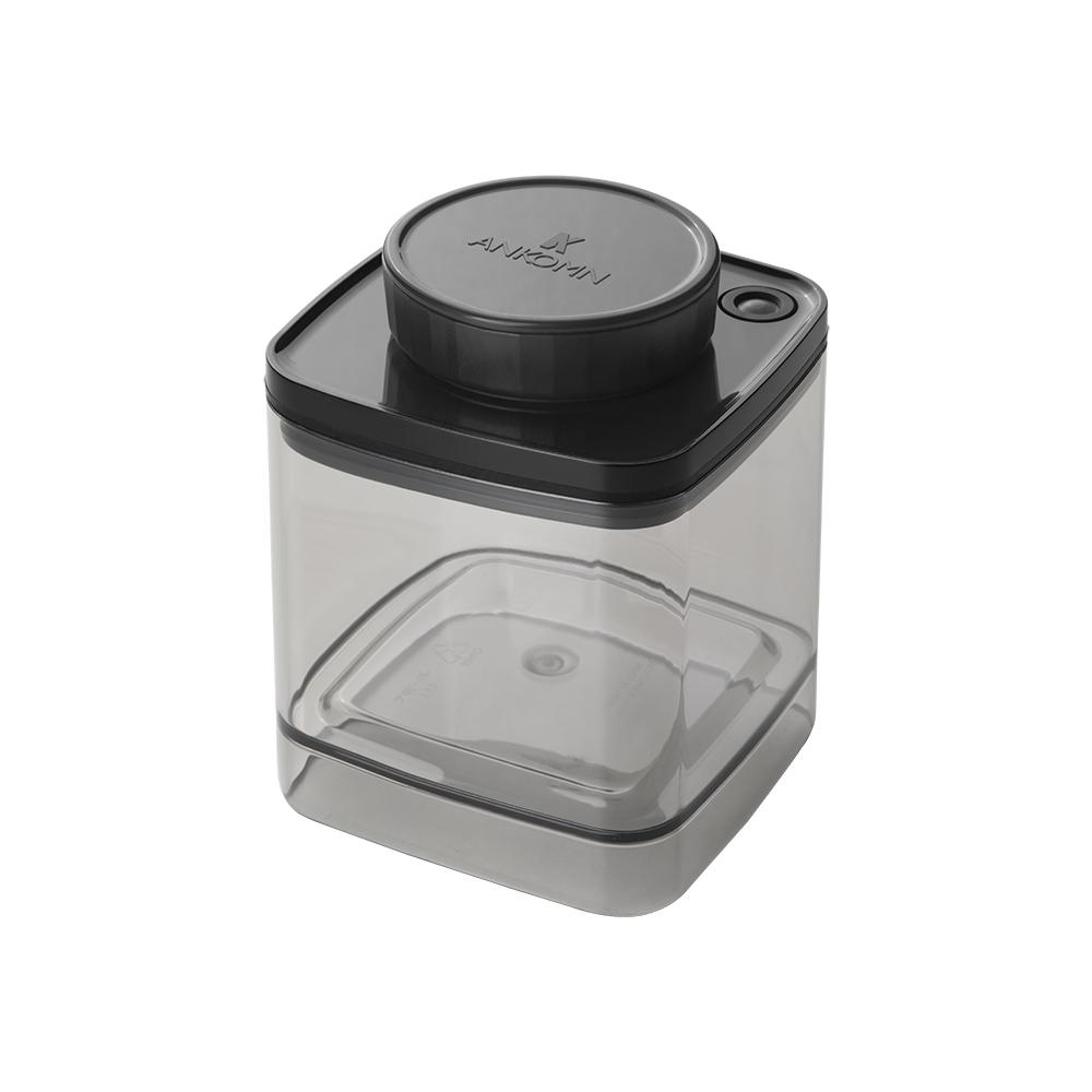 ANKOMN|Turn-N-Seal 真空保鮮盒 600ml 半透明黑(1入)