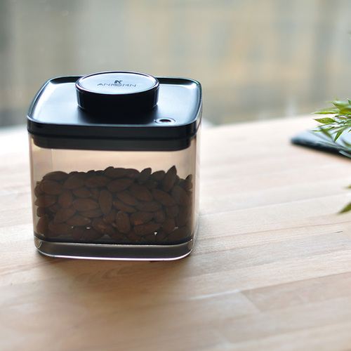 ANKOMN|Turn-N-Seal真空保鮮盒 1.5公升+2.4公升 半透明黑 (2入組)