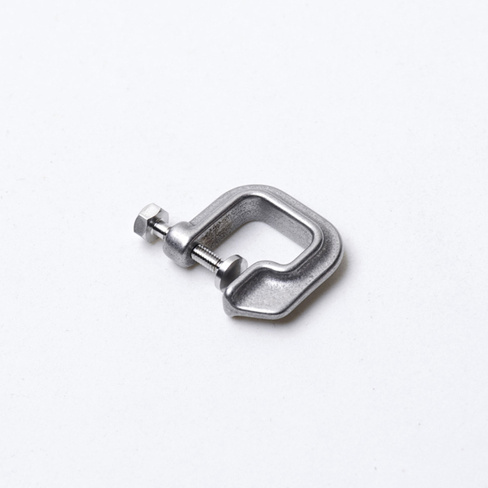 DRILLING LAB|CLAMP EARRING(銀色)