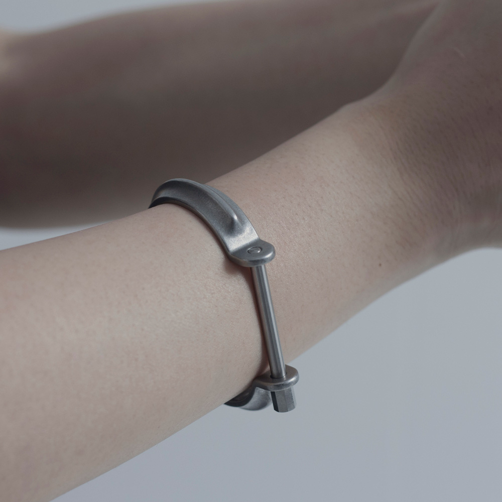 DRILLING LAB|CLAMP BRACELET TYPE A(銀色)