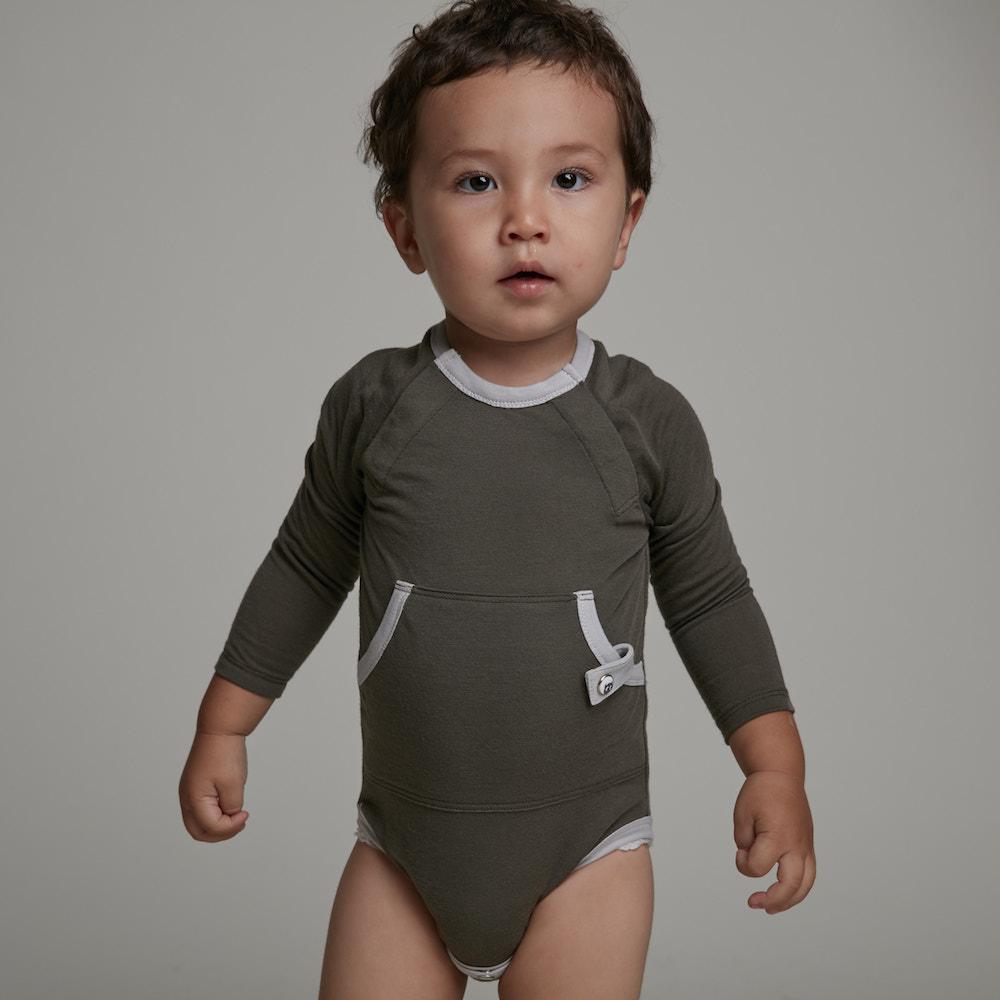 baby baby cool|運動風長袖包屁衣(墨綠)