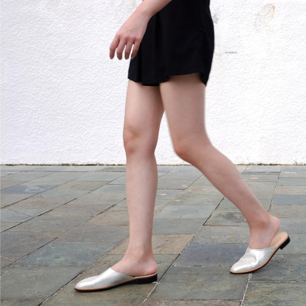 NOUR|mule 全素面拖鞋-Silver 銀色