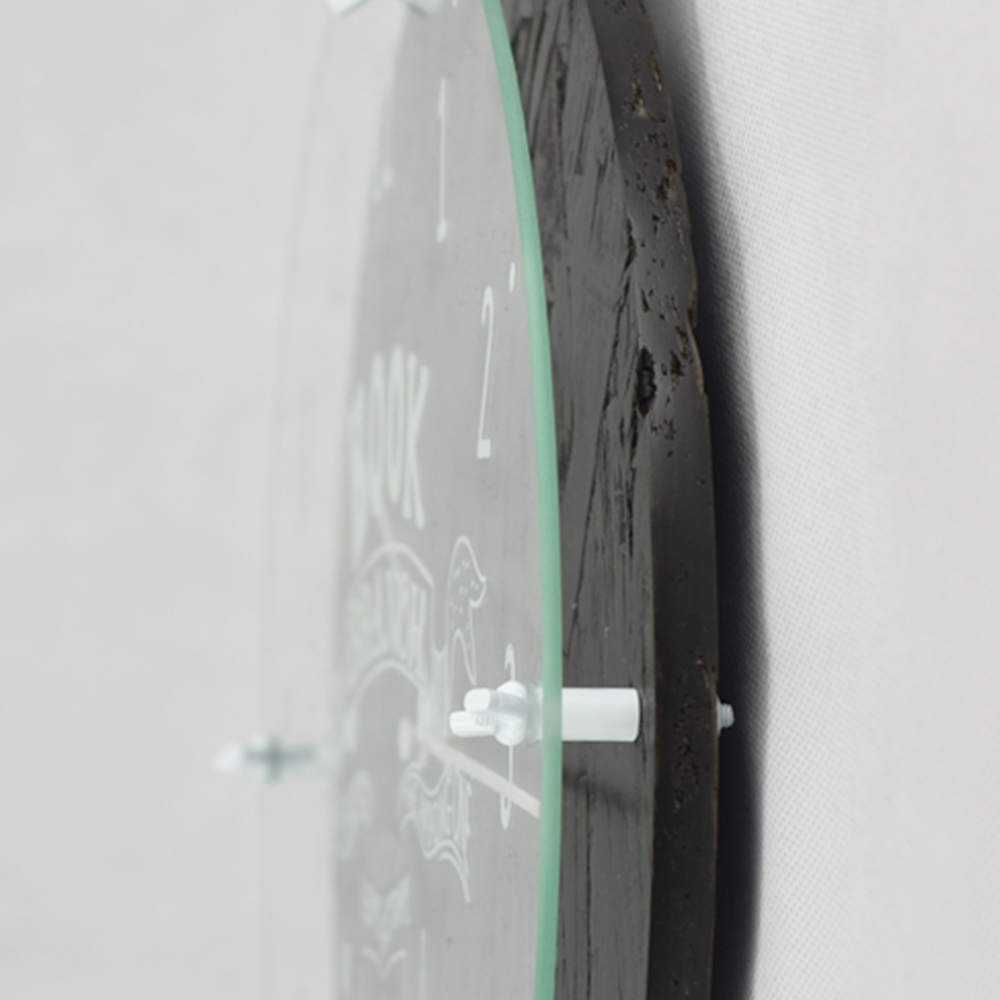 Zeller Life 微工業塗鴉造型掛鐘-黑色
