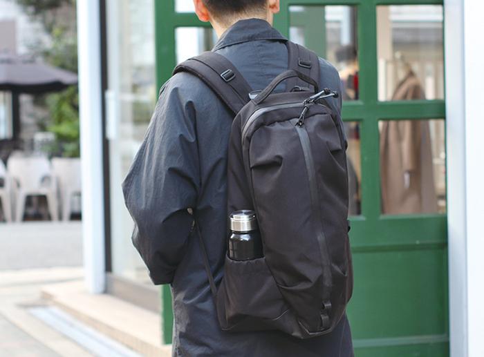 POST GENERAL|大容量多功能防潑水登山後背包(玄黑色)