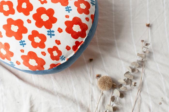 HIPEPPER|日式和風小花抱枕-熱情紅