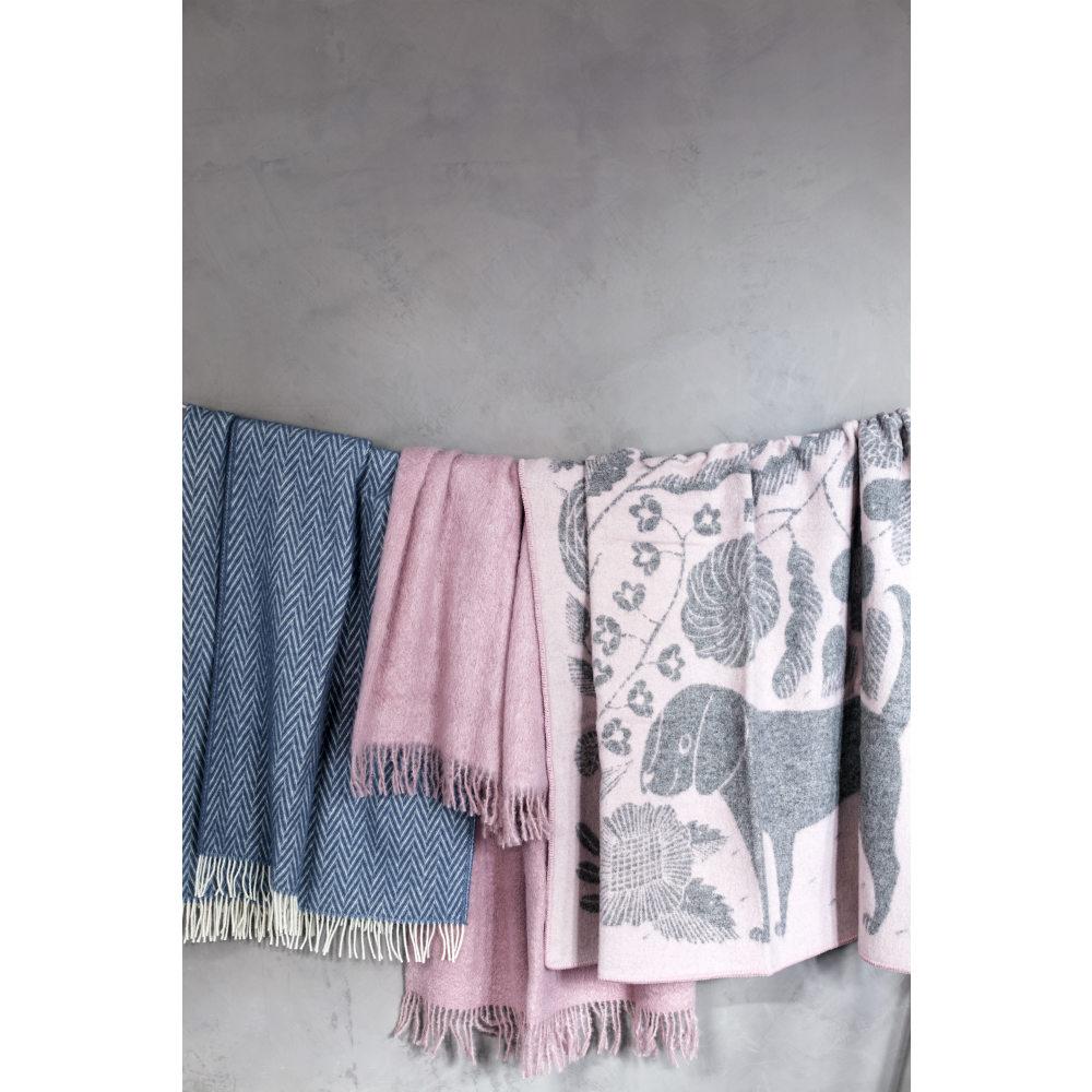Lapuan Kankurit|鹿兒島睦貓狗羊毛毯 (粉灰)