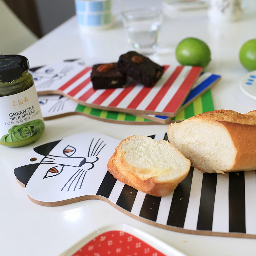 Lisa Larson Mimi貓造型白樺木砧板/餐墊 (黑條紋)