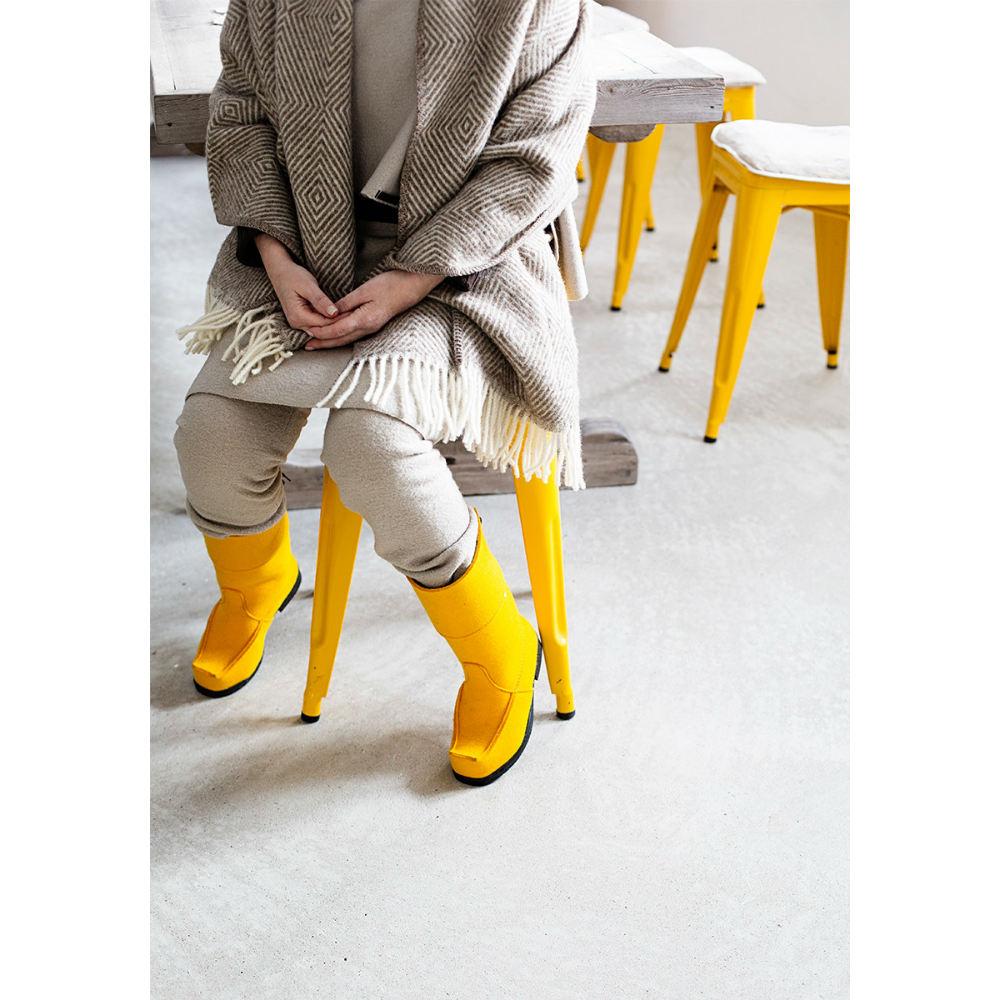 Lapuan Kankurit|MARIA羊毛口袋披肩 (淺咖啡條紋)