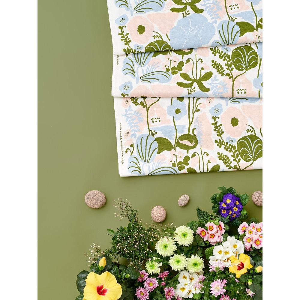 Kauniste|棉麻抱枕套 (夏日的秘密基地粉藍)
