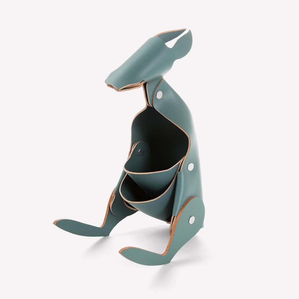 Vacavaliente|袋鼠造型皮革擺飾(灰綠)