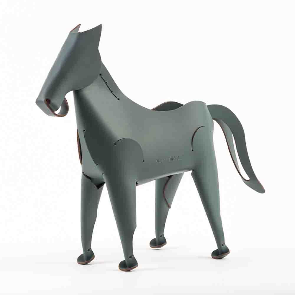 Vacavaliente|馬造型皮革擺飾(灰綠)