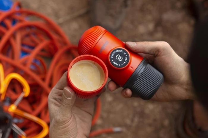 (複製)WACACO|Nanopresso 隨身咖啡機 寒風白(含專用硬殼保護套)