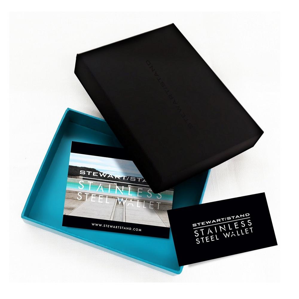 StewartStand|不鏽鋼RFID防盜男短夾 Herringbone