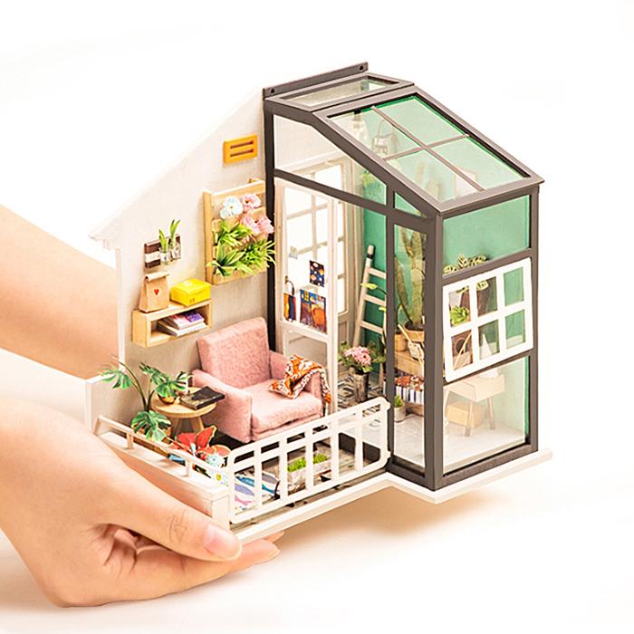 ROBOTIME|DIY木製小屋-愛莎小天堂Balcony Daydreaming