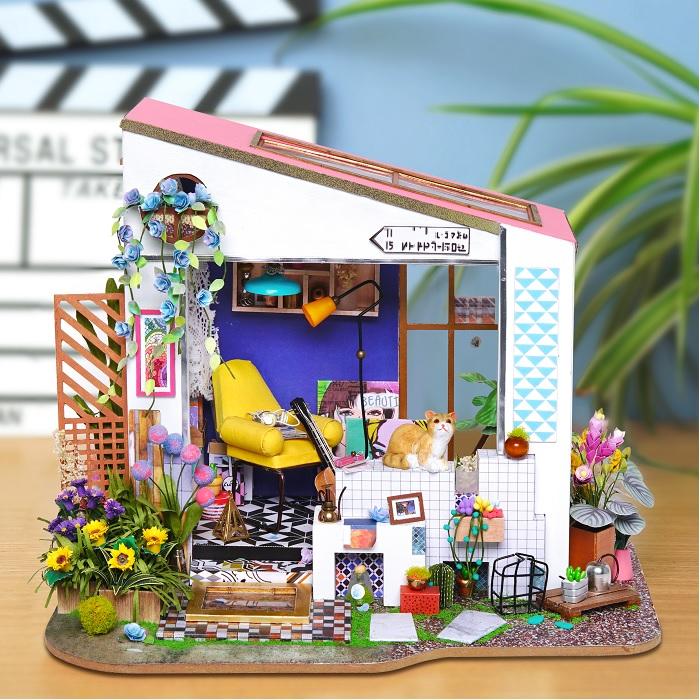 (複製)ROBOTIME|DIY木製小屋-朵拉的馬卡龍天台 Dora's LOFT
