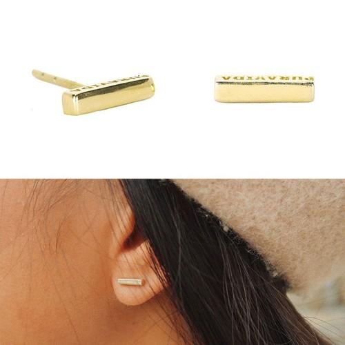 Pura Vida | 美國手工 Bar標誌刻字長形金色耳環
